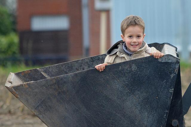 Jak pomóc 6-latkowi w dobrym funcjonowaniu w szkole: co mogą zrobić rodzice, a co powinna zrobić szkoła?