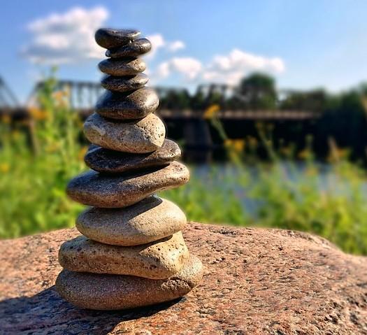 rocks-857339_640
